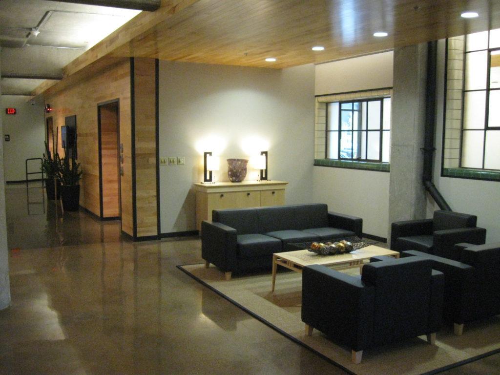 Deco Building Lounge