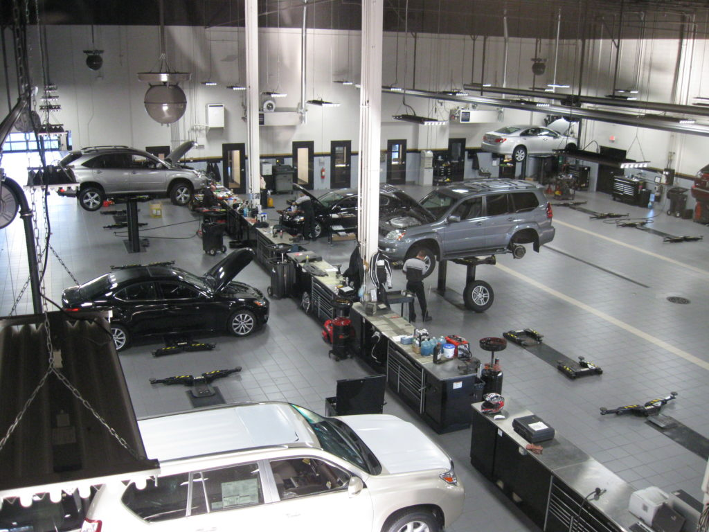 Lexus of Brookfield Service